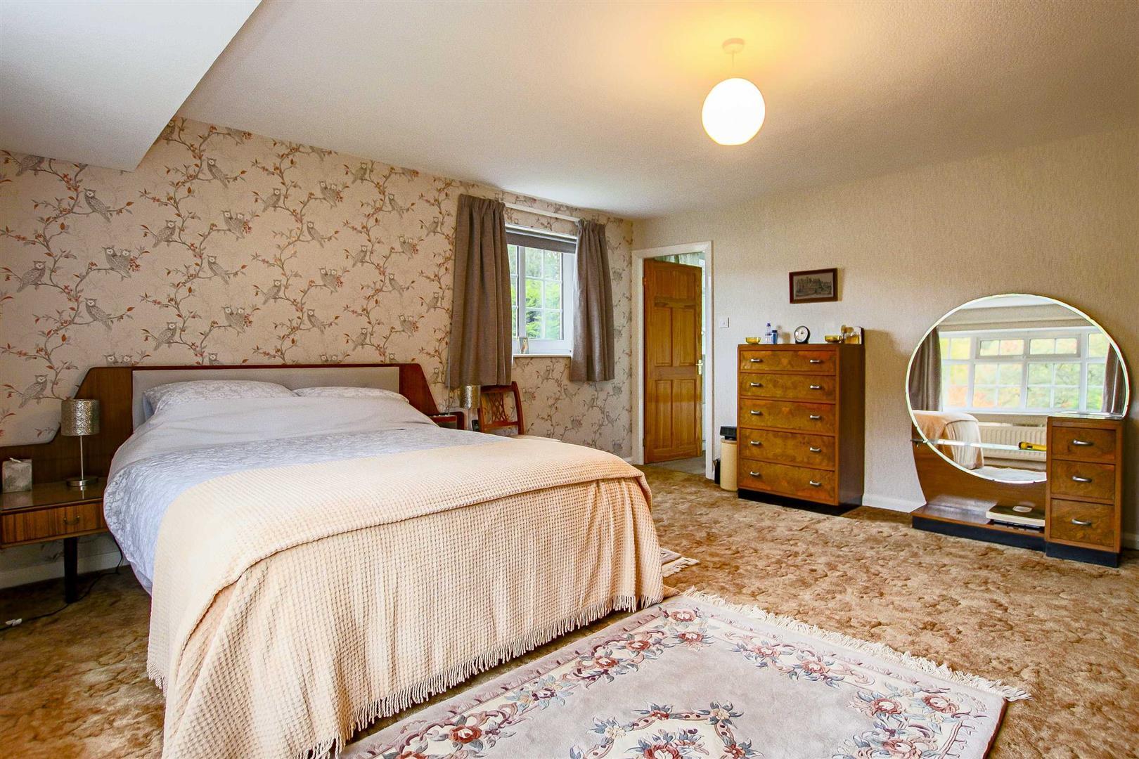 5 Bedroom Detached House For Sale - Image 36